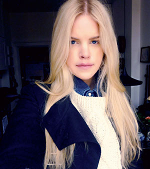 Instagram blond rida nära Stockholm