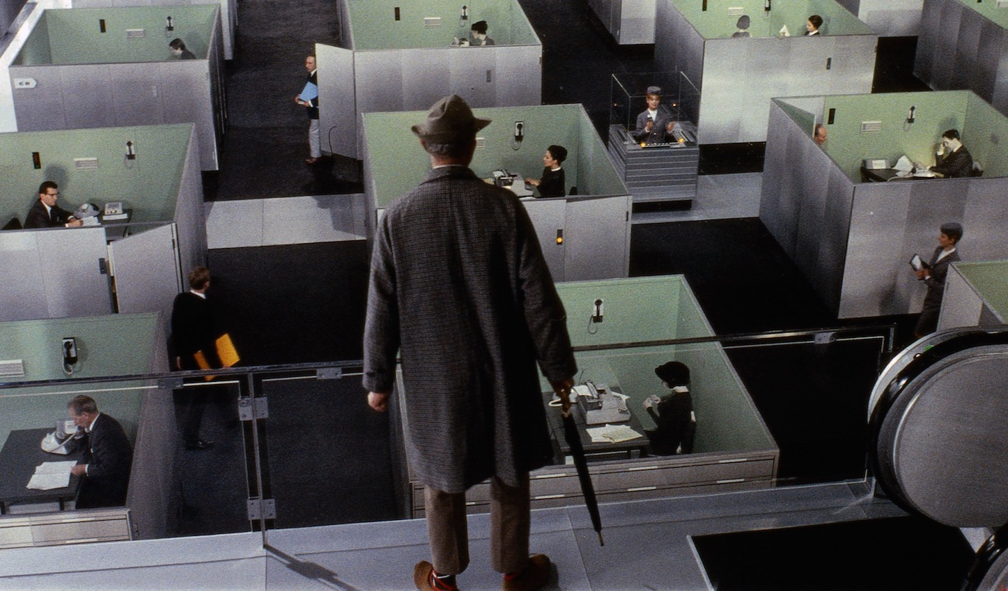 playtime-1967-002-tati-confronted-with-room-full-of-work-cubicles-1000x750.jpg