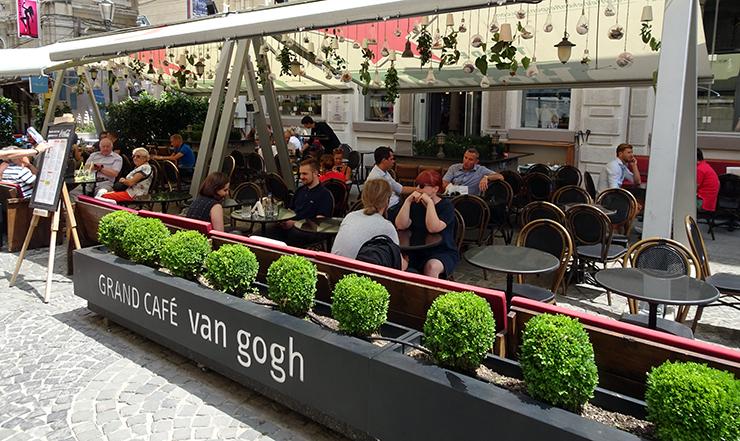 Grand Café Van Gogh.