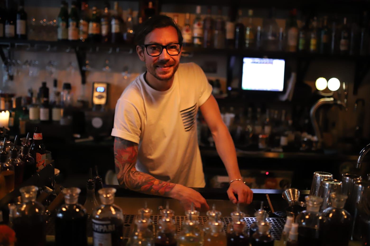 Johan Evers, A Bar Called Gemma.