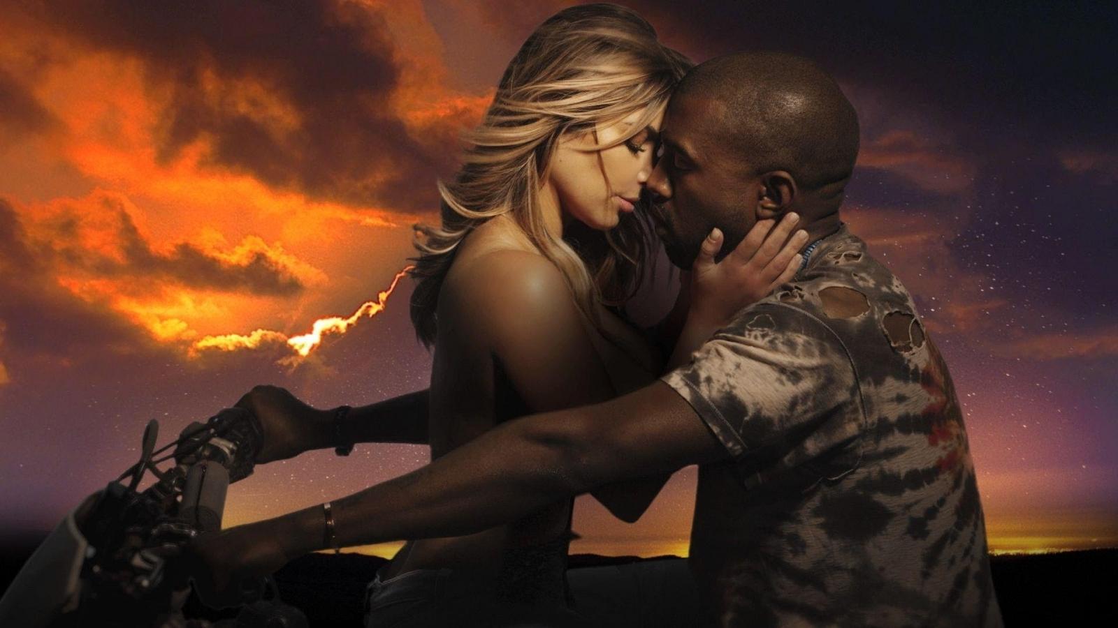 Kardashians dating rappare